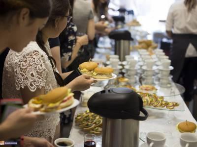 Кофе-брейк на бизнес-завтраке, 200 персон, 2017г
